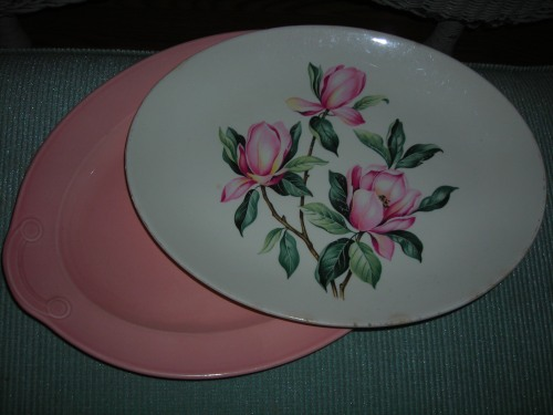 lovely pink flowered platter. a gift from jannetta, thanks!